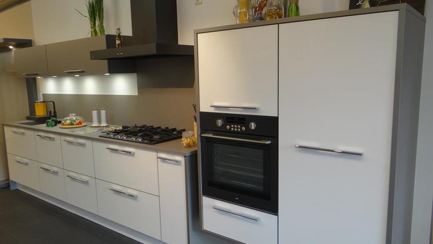 offres magasin de cuisines quip es heck belgique. Black Bedroom Furniture Sets. Home Design Ideas